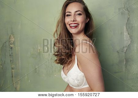 Super sexy Smiling beautiful woman in bra portrait