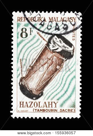 MADAGASCAR - CIRCA 1965 : Cancelled postage stamp printed by Madagascar, that shows Hazolahy drum.