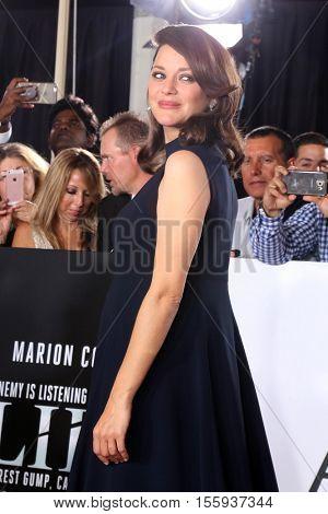 LOS ANGELES - NOV 9:  Marion Cotillard at the