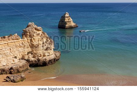 Dona Ana beach (Praia Dona Ana) in Lagos, Algarve, Portugal .  Resort in Algarve.