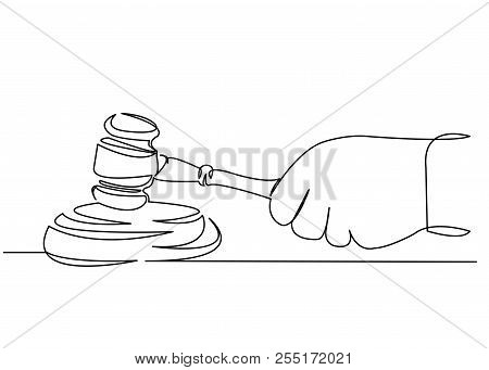 Continuous Single Drawn One Line Judge Hammer In Hand Hand-drawn Picture Silhouette Line Art. Doodle