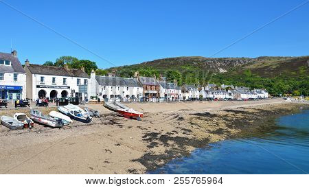 Ullapool, United Kingdom - June 24, 2018: Coast With Small Houses In The Village Ullapool In Scotlan