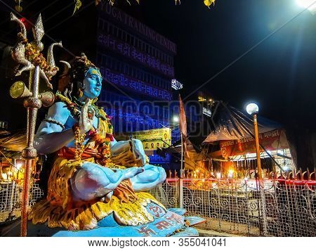 Rishikesh, India - Circa March 2018. Statue Of Lord Shiva On The Street Of Rishikesh.