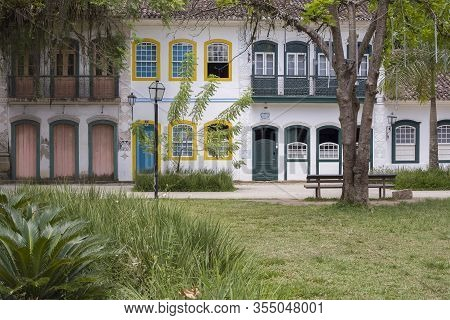 Paraty, Rio De Janeiro, Brazil - January 09, 2016: Colonial Houses In The Historical City Of Paraty,
