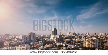 Sityscape Of Beautiful Metropolitan City Karachi In Pakistan At Evening - City Of Lights