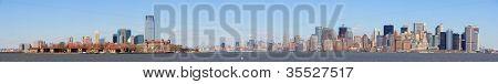 Hoboken New Jersey und New York City Manhattan Skyline Innenstadt Panorama über Hudson River mit skys