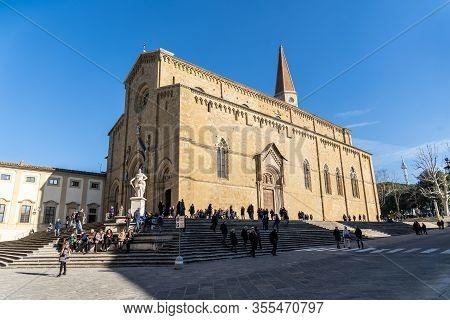 Arezzo, Tuscany, Italy, December 2019: San Pietro And Donato Cathedral In Arezzo, Arezzo Dome. Tusca