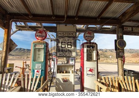 Hackberry, Arizona, Usa - February 17, 2020: Exterior Of Historic Route 66 Gas Station In Arizona Al