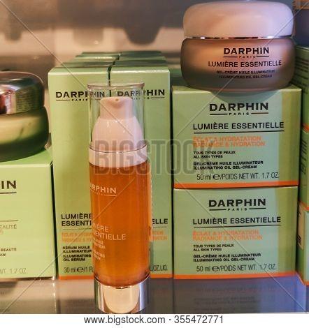 Darphin Lumiere Essentielle Illuminating Oil Gel Cream And Lumiere Essentielle Serum Giving Glow To