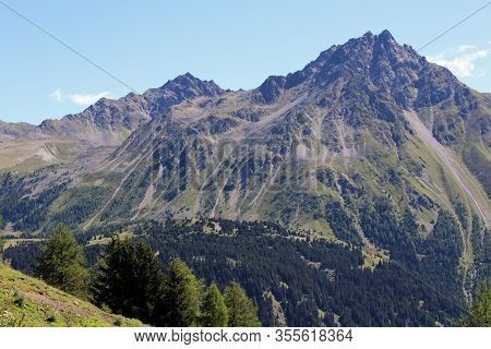 The Beautiful Mountain Landscape Of The Resia Valley Between The Friuli Alps In Italy 006