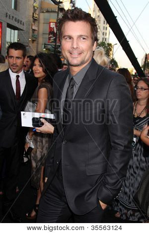 "LOS ANGELES - AUG 1:  Len Wiseman arrives at the ""Total Recall"" Premiere at Graumans Chinese Theater on August 1, 2012 in Los Angeles, CA"