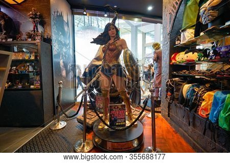 SINGAPORE - JANUARY 20, 2020: Wonder Woman life size statue on display in DC Comics Super Heroes Cafe at the Shoppes at Marina Bay Sands in Singapore.