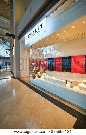 SINGAPORE - JANUARY 20, 2020: Devialet storefront in the Shoppes at Marina Bay Sands. Devialet is a French audio technology company that produces a line of speakers and amplifiers.