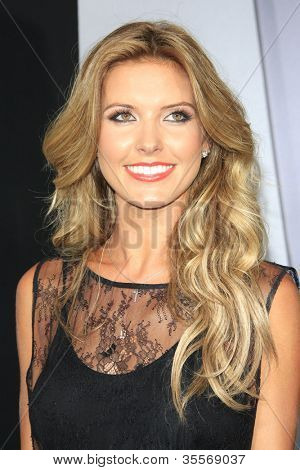 LOS ANGELES - AUG 1: Audrina Patridge at the Los Angeles Premiere of 'Total Recall' at Grauman's Chinese Theater on August 1, 2012 in Los Angeles, California
