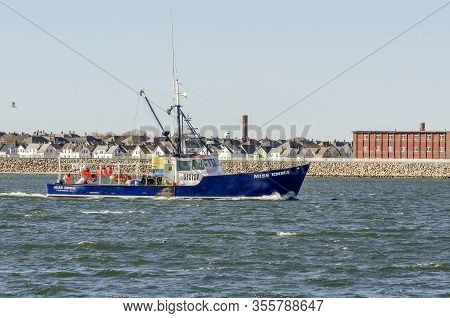 Fairhaven, Massachusetts, Usa - March 14, 2020: Offshore Lobster Boat Miss Emma Homebound Against Ho