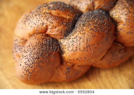 Challah With Poppy Seeds