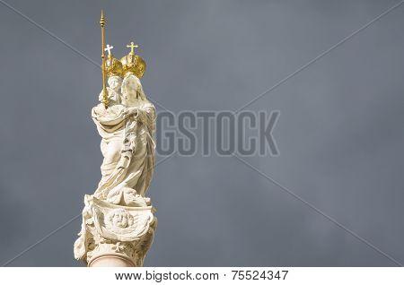 Virgin Mary And Baby Jesus Horizontal