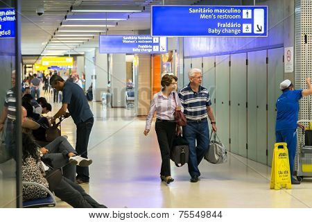 SAO PAULO, BRAZIL - SEP 24: Unidentified people walk in Guarulhos Airport on September 24, 2013 in Sao Paulo, Brazil. Guarulhos Airport is the main airport in Brazil