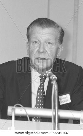 Sir Nigel Broackes