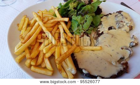 Steak Frites With Bearnaise Sauce