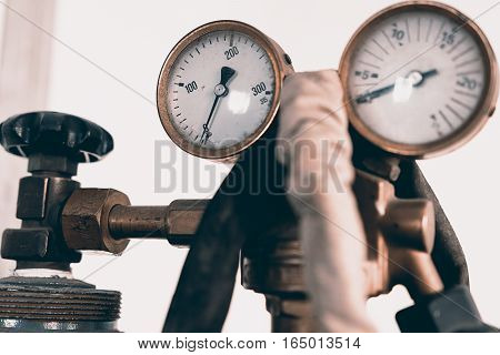 Regulator Of Pressure For Gas Welding