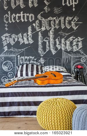 Cosy Musical Teenager Bedroom
