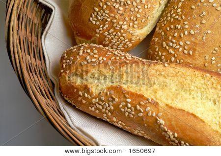 Durum Wheat Bred Rolls In Basket (2)