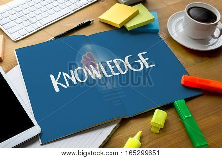 Distance learning online webpage KNOWLEDGE work academics, case,