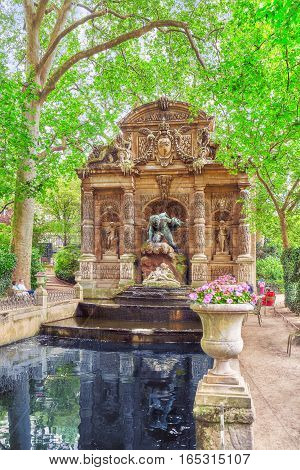 Paris, France - July 08, 2016 : Medici Fountain Near Luxembourg Palase-one Of The Most Beautiful Par
