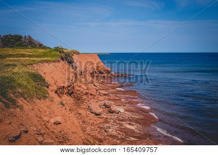 The coast of prince edward island and atlantic ocean