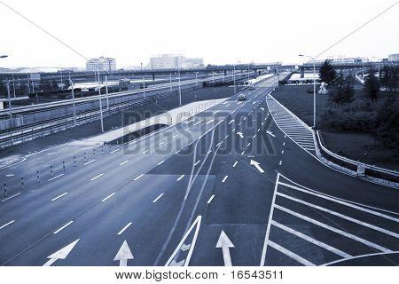 die Highroad einer Stadt