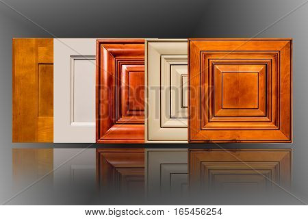 a solid cabinet door made of maple for kitchen and bathroom cabinets