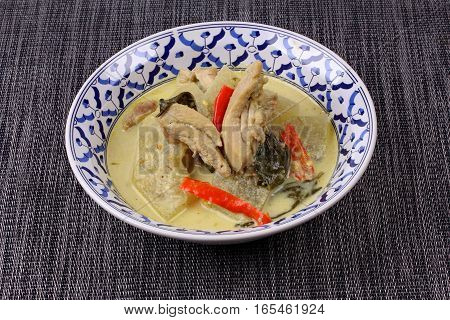 Green Chicken Curry In Coconut Milk With Winter Melon .