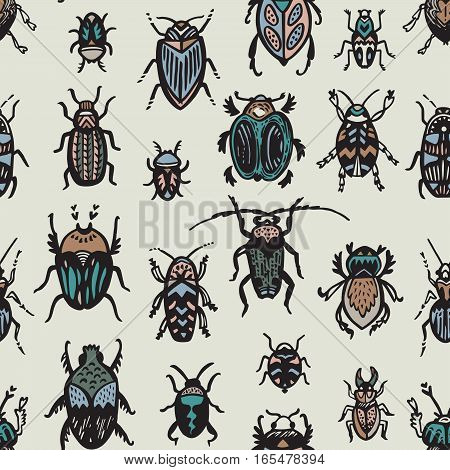 Hand drawn seamless pattern with bugs and insects. Vintage texture in vector