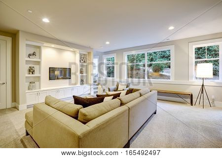 Chic Living Room Interior In Natural Colors