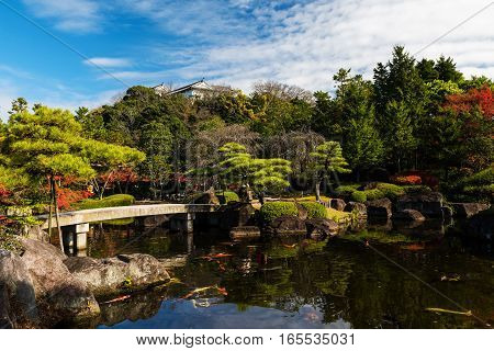 Koko-en Autumn Garden With Himeji Castle