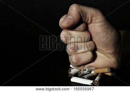Fist that gives the show its position on smoking.