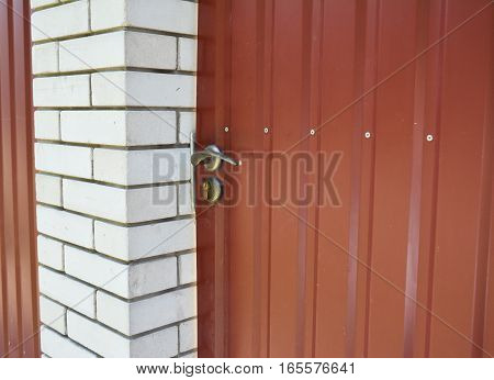 House metal fence door handle installation outdoor