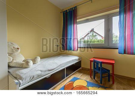 Unisex Preschooler Bedroom