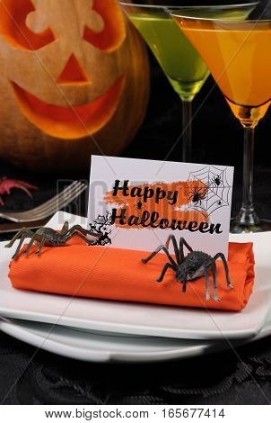 How to lay out and decorate decorative napkin on Halloween