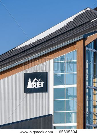 BLOOMINGTON MN/USA - JANUARY 14 2017: REI store exterior and logo. Recreational Equipment Inc. is a retail cooperative selling outdoor recreation gear sporting goods and clothing.