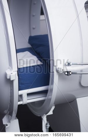 Hyperbaric Oxygen Therapy Tank