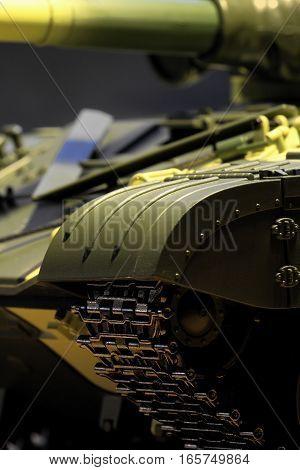 the panzer tank gun dangerous weapon close-up
