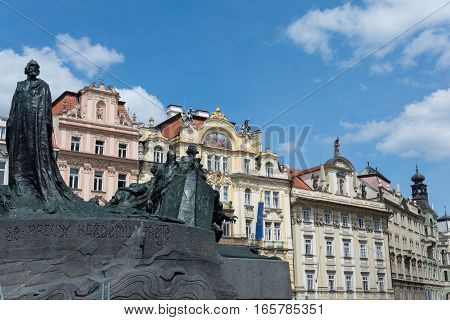 Jan Hus Memorial Statue, Prague