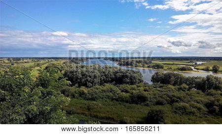 Aussicht über die Elbe bei Vier, Ortsteil von Boizenburg in Mecklenburg-Vorpommern