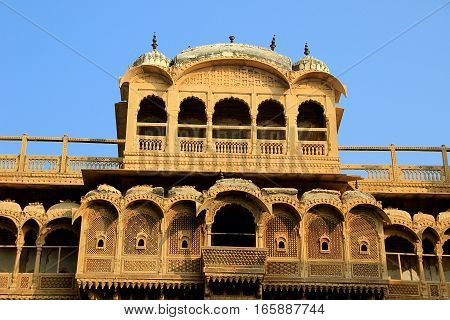 Top portion of facade of Haweli at Jaisalmer Fort in Jaisalmer Rajasthan India Asia