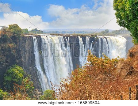 Landscape of Victoria Falls (Mosi-oa-Tunya) from the Zimbabwe side which has the best views, Zimbabwe, Southern Africa