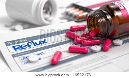 Handwritten Diagnosis Reflux in the Differential Diagnoses. Medicaments Composition of Heap of Pills, Blister of Pills and Bottle of Tablets. 3D Illustration.