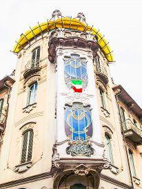 Hdr Casa Fleur, Turin