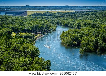 Table Rock Lake In Branson At Southwest Missouri